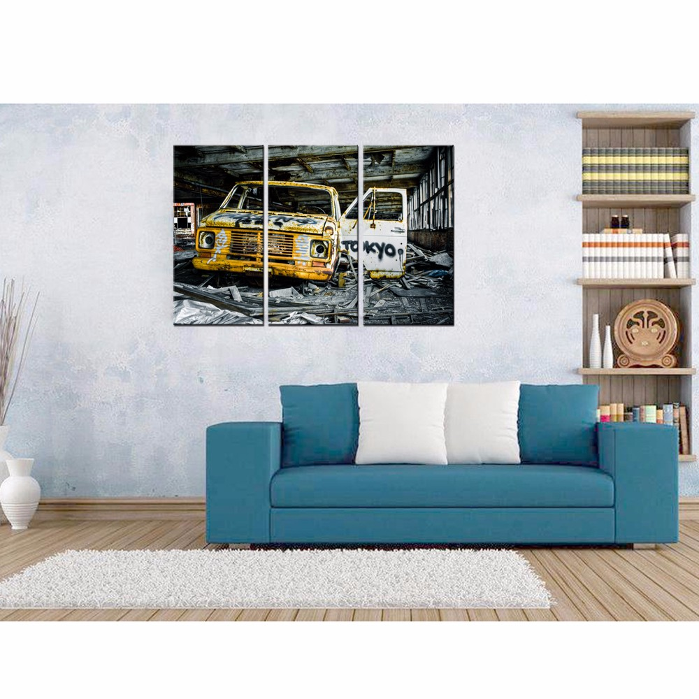 Old Rusty Trunk Canvas Wall Art with Frame 3 Panels Vintage Old Car Pictures Print for Home Decoration