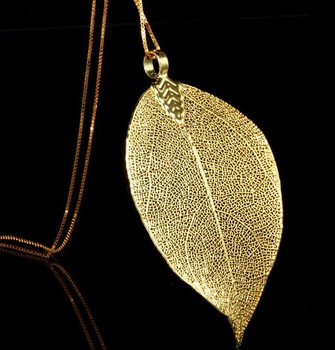 Creative design real leaf plated 24k gold pendant for women and men creative design real leaf plated 24k gold pendant for women and men aloadofball Choice Image