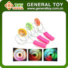 2015 new design cheap spinning top toy with light