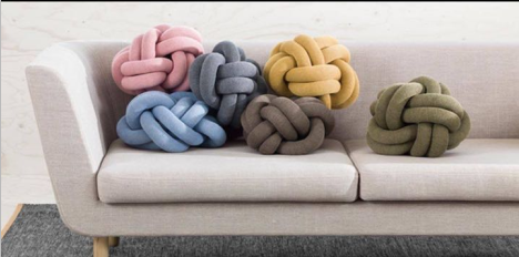 Wholesale Retail Chunky Knit Luxurious Knot Pillow Home Decor