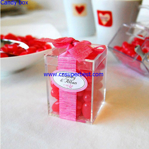 Square clear acrylic candy box for small wedding gift