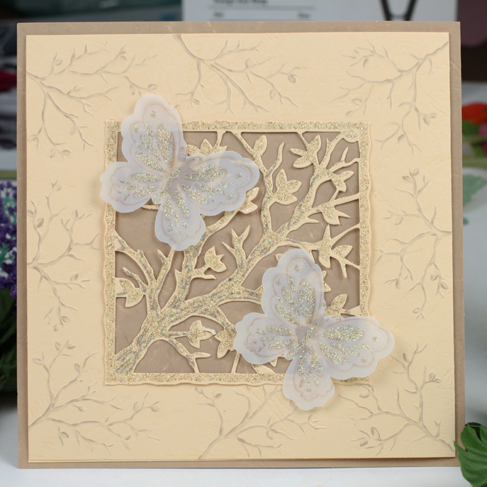Factory Price Pakistan Style Heart Decorated Scroll Wedding Cards
