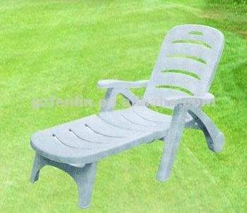 Confortable and good quality outdoor furniture for beach for Quality garden furniture