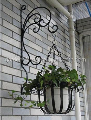 Outdoor Patio Garden Wall Decor Wrought Iron Flowers Pot Metal Wire Hanging Basket