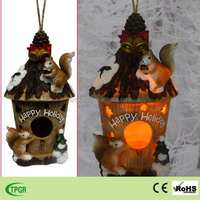 Hot sale polyresin squirrel bird house solar light for Christmas decoration garden led lights