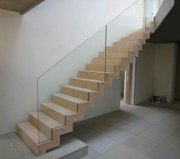 rahmenlose glas gel nder innen mit holz treppe schritt lauffl che treppe produkt id 1341917933. Black Bedroom Furniture Sets. Home Design Ideas