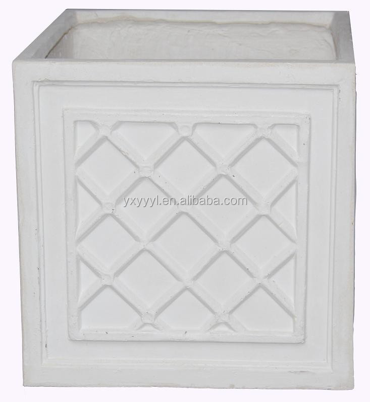 FAUX LEAD WINDSOR CUBE GARDEN PLANTER