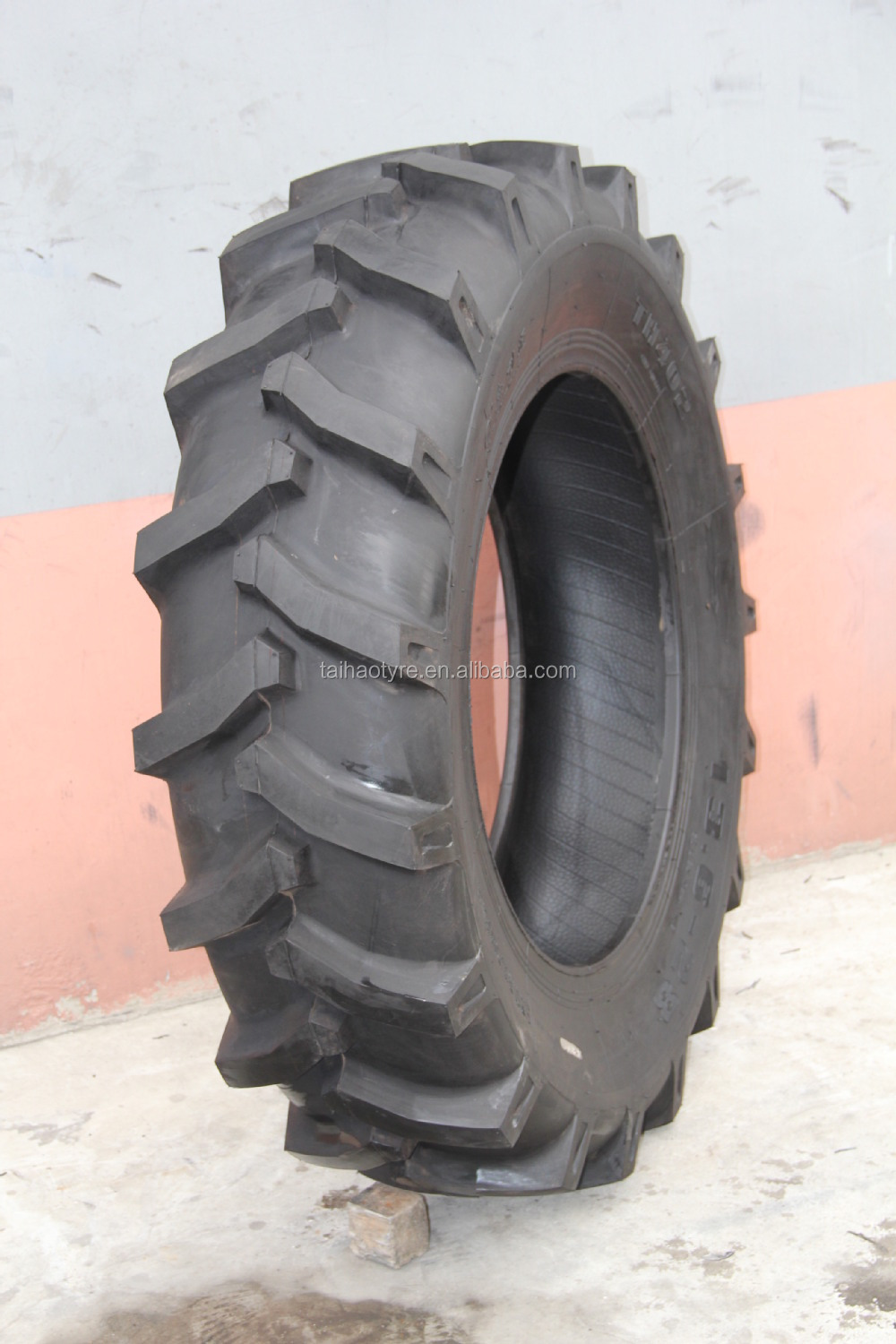 Top Chinese Tyre Manufacturer Farm Tyre Size 13.6x24 13.6x28 ...