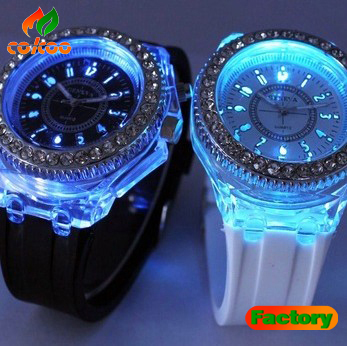 2013 New Fashion silicone diamond watch colorful lights LED luminous watches women sport watch H003