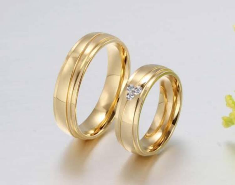Design lord couple diamond leg dubai men girl engagement for Dubai gold wedding rings