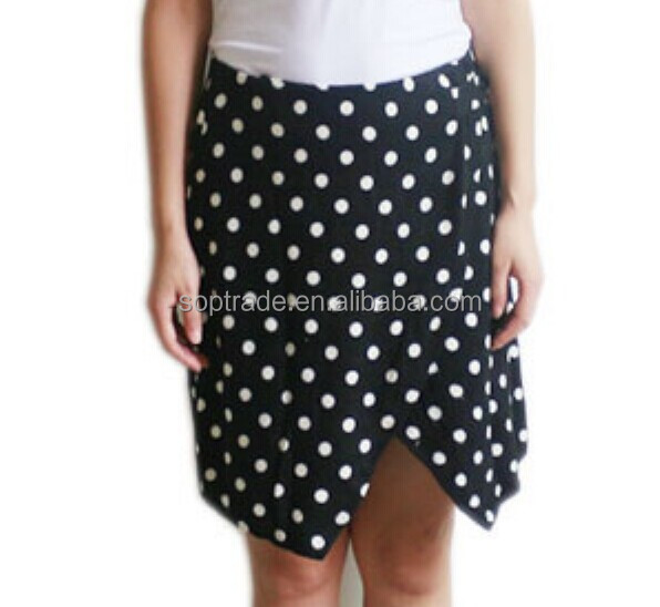 ladies fashion short front open black and white polka dot dress