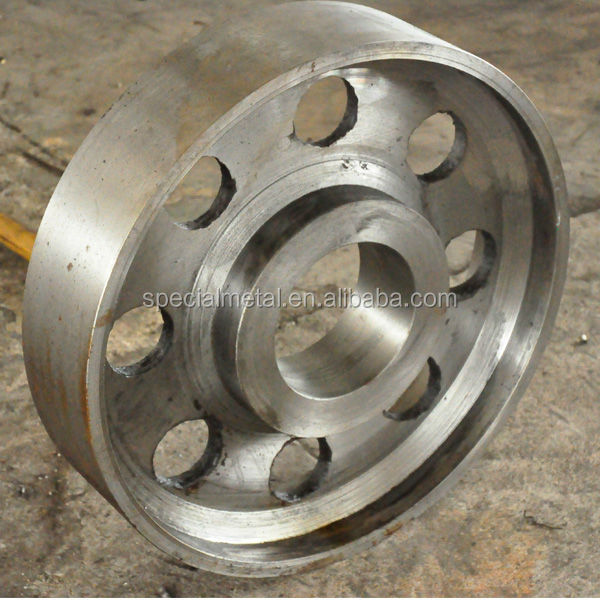 customized cast crusher spare parts