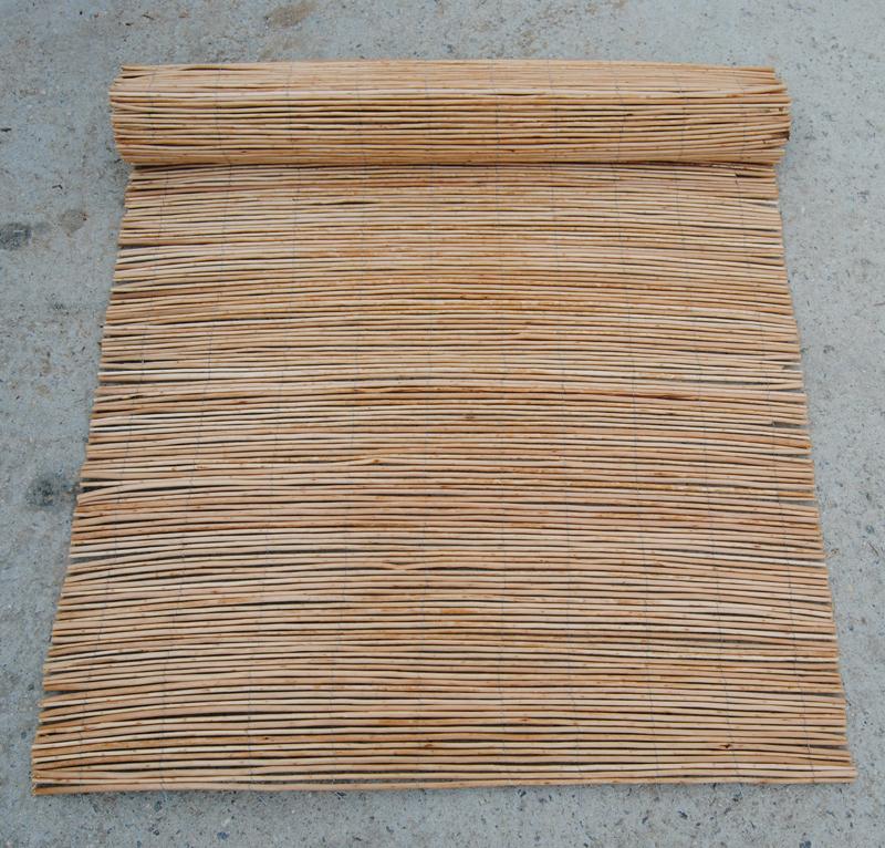 Nieuwe ontworpen natuurlijke zwarte bamboe hek reed mat voor plantenbakken buy product on - Bamboe hek ...
