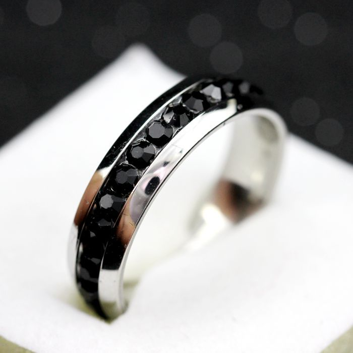 Unisex Black Crystal Ring Stainless Steel Jewerly for Men and Women White Stone Punk Party Rings Bague Homme Anillo Ulove YL006