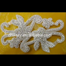 Beautiful Flower Shape Crystal Decorative Rhinestone Fabric Trim DH-566
