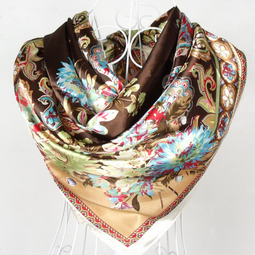 Discover sale hats, scarves & kimonos at Anthropologie, including silk kimonos, rancher hats and more.