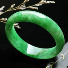 100 % natural emerald jade bracelet best gift for your love or friend