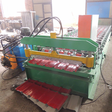 Good quality C Z purlin shutter door roll forming machine factory price