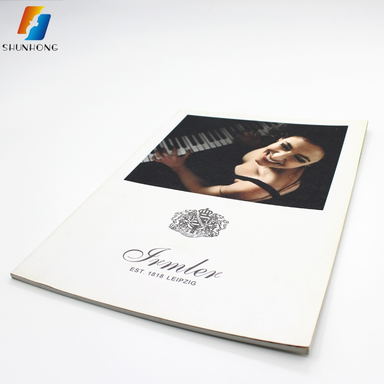 Custom design a3 a4 a5 paper catalogue printing company