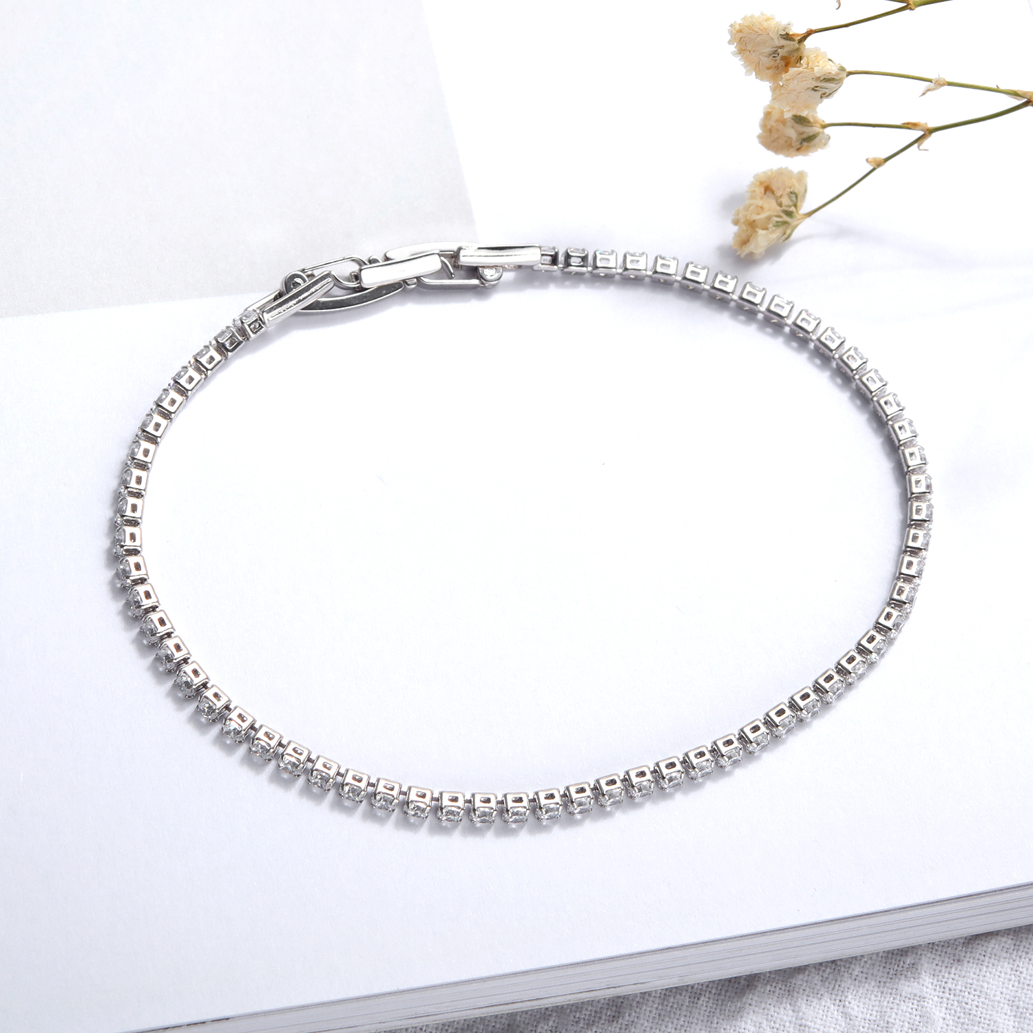 Customized High-Quality Cubic Zirconia Women Jewelry Bracelet Diamond