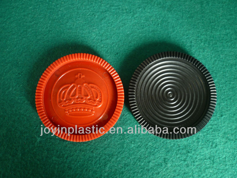 Giant Plastic Checkers Pieces With Crown Pattern/quality ...