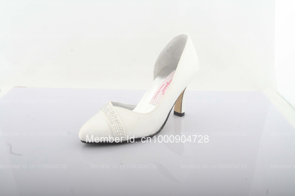 Free Shipping Ivory Satin Upper Mid Heel Closed Toes Rhinestone Pumps Wedding Bridal Shoes For Women