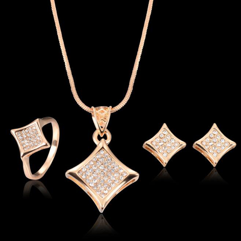 Wholesale 2017 Costume African Dubai Women Plated 18K Gold Jewelry Sets,Fashion Diamond Bridal Wedding Jewelry Sets Necklace