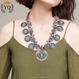 NLX-00500 indian retro ethnic nepal jewelry wholesale velvet necklace coin shape carved floral turquoise antique silver necklace