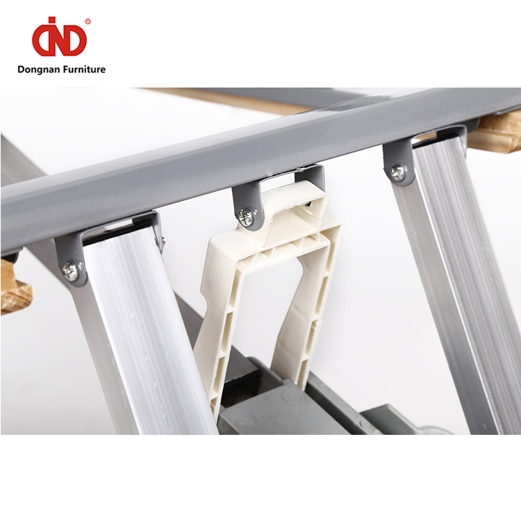100% Test Trade Assurance Modern Portable Easy Carry Wooden Camping Foldable Folding Table