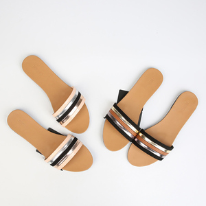 stock new design fashion flat summer sandals 2018