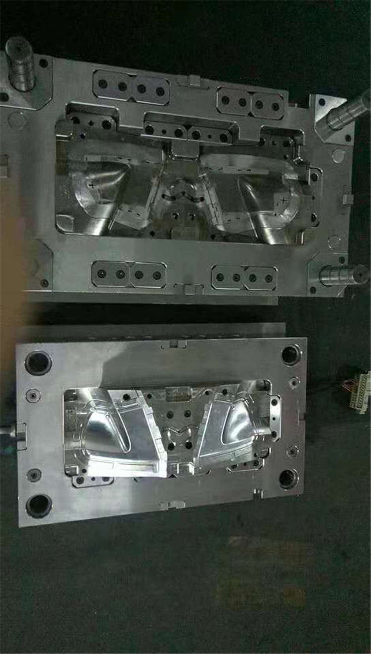 Processing custom design, road piece connector, mold production