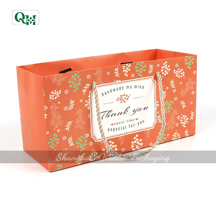 wholesale packaging gift paper bag for tippet