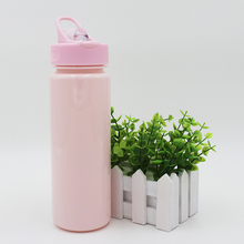 Available in Various Colors Tritan Water Bottle with Straw Lid and 750ml Capacity