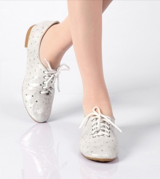 Latest Small Women Laces Casual Shoes Youth Girls School Casual ...