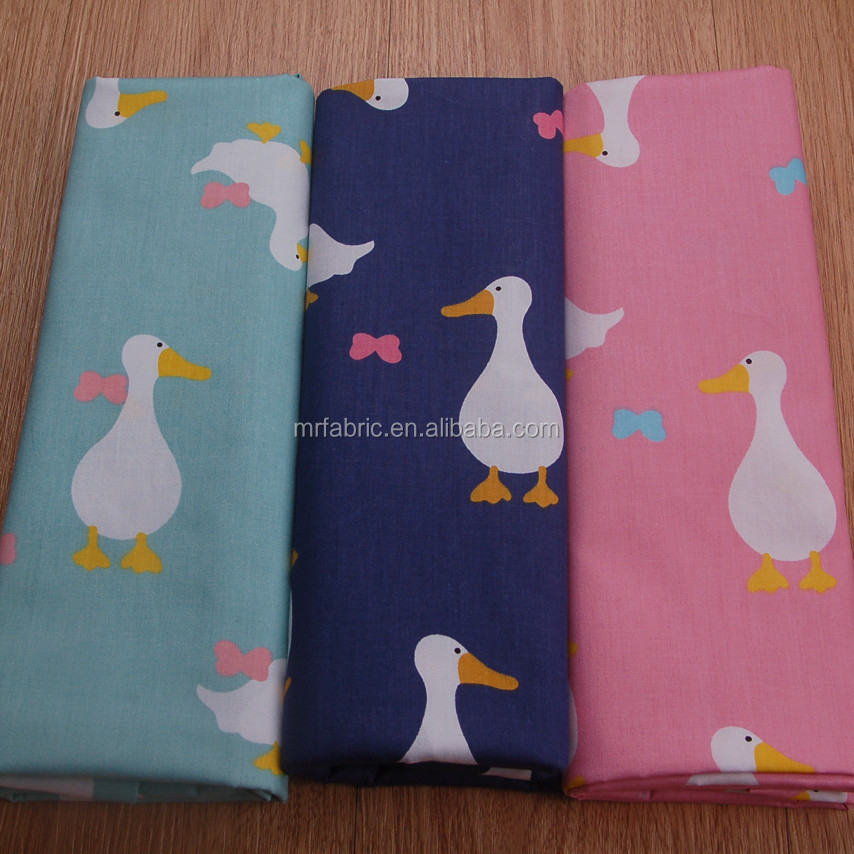 Blue and pink duck environmental printed 100% cotton cloth 133*72 twill fabric of 1.6 meters wide