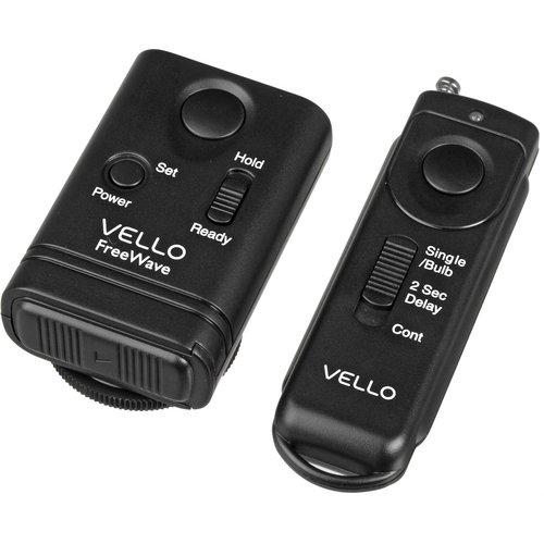 Vello FreeWave Wireless Remote Shutter Release (Canon Sub-Mini Connection) - Canon EOS: Elan series, Digital Rebel (300D), XT (350D), XTi (400D), XSi (450D), T1i (500D), T2i (550D), T3 (1100D), T3i (600D), T4i (650D), T5 (1200D), T5i (700D), SL1 (100D) and XS (1000D), 60D & 70D; PowerShot G10, G11,