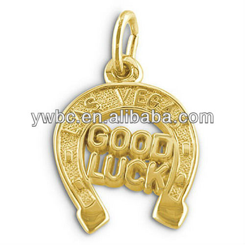 yiwu wholesale gift gold plated good luck horseshoe charm