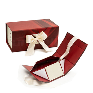 size tailored red small magnetic cardboard folding gift box for different occasions promotional cosmetic set packing
