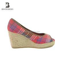 2015 low price high heel shoe ladies espadrille canvas wedge shoes