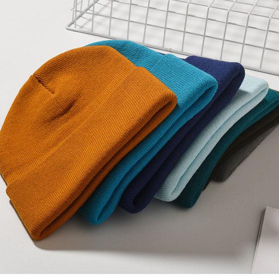 BSCI Custom unisex long ribbed acrylic cuffed plain knitted beanie