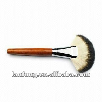Large Fan Brush With High Quality Goat Hair , Face Mask Brush, Brush Makeup Kit