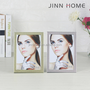 Jinnhome High Quality Alloy Sexy funia women picture Metal beauty album table Golden Silver Plated Bead 5x7 Photo picture frame