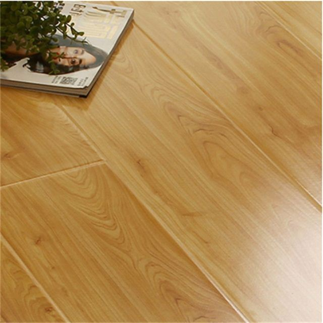 Multilayer Oak Engineered Flooring Floor Board