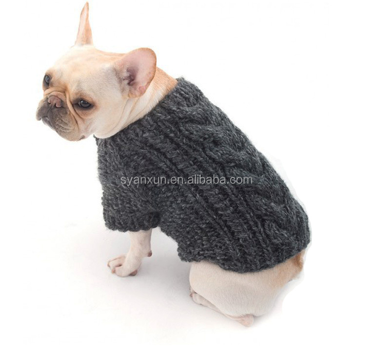 Anxiu grey clothes <strong>dog</strong> in sweater for winter