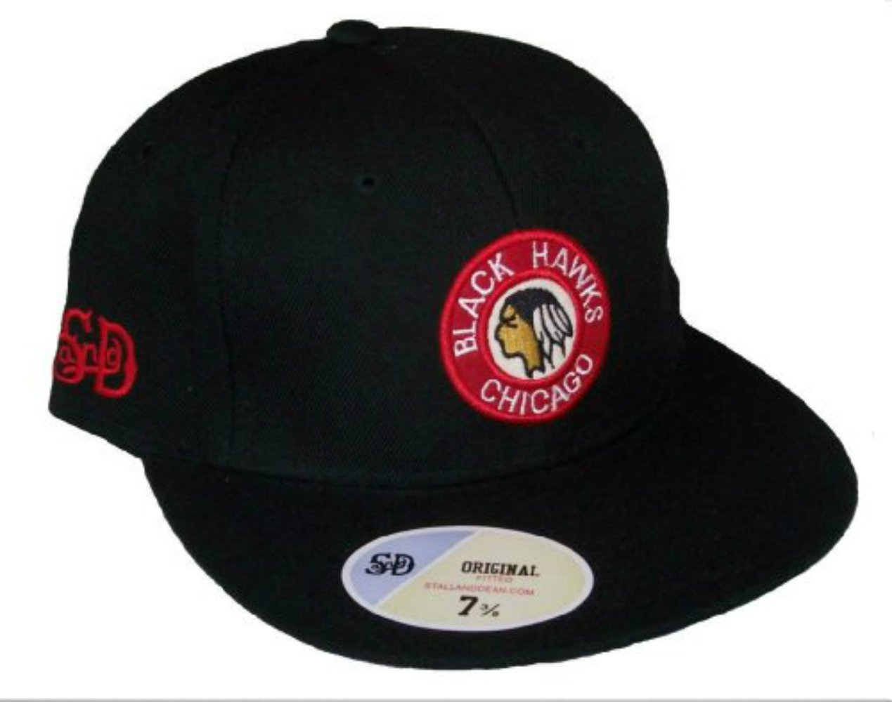 9684381f37749 Get Quotations · Chicago Blackhawks Vintage Logo Black Fitted 7 7 8 Hat Cap