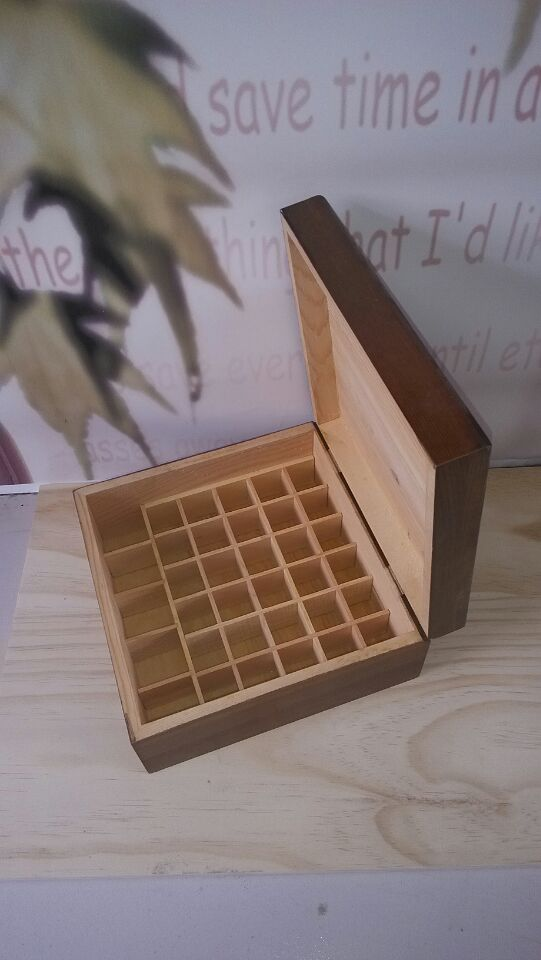 rejilla cuadrada de madera caja de madera caja de chocolate