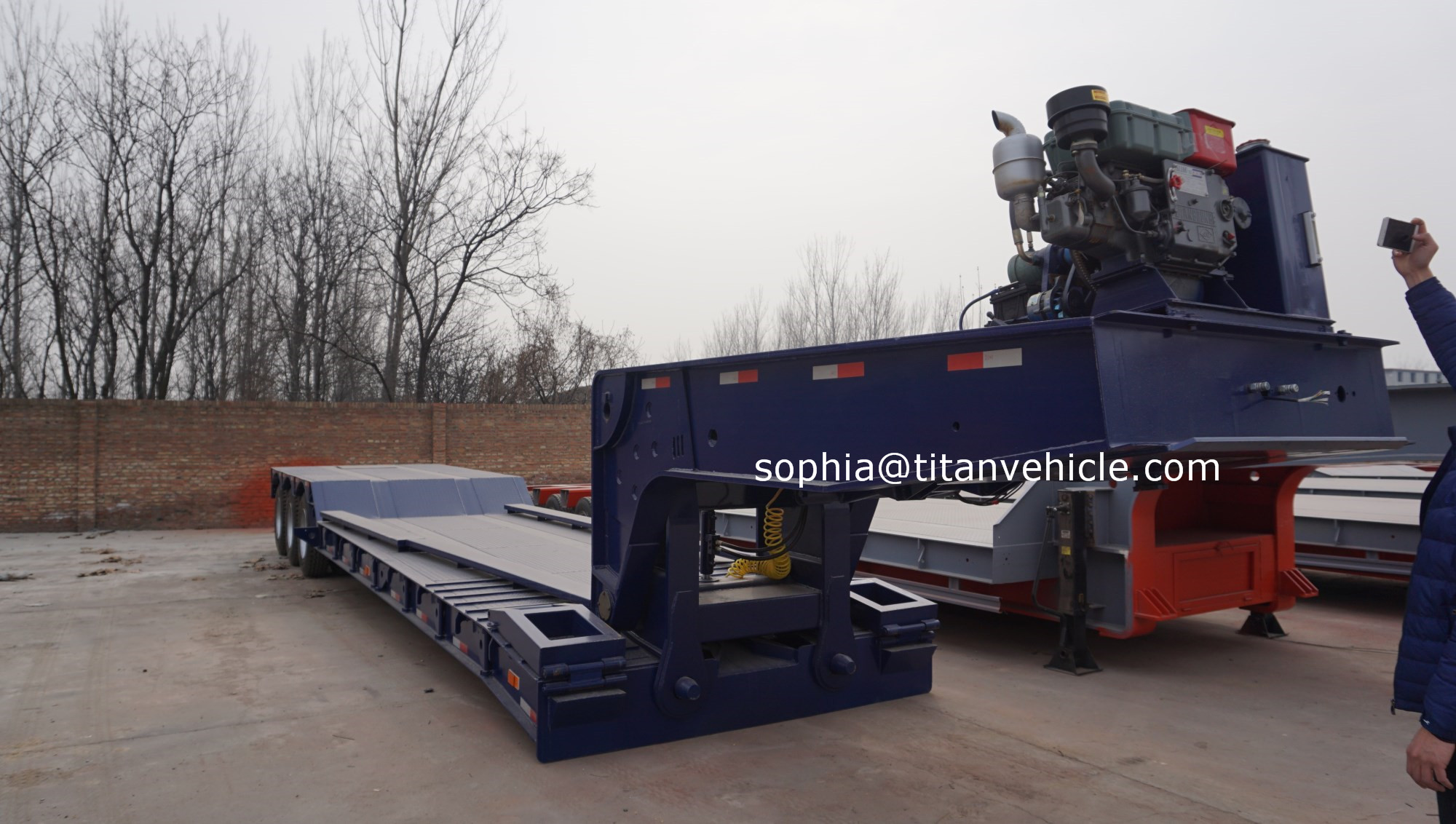 TITAN hydraulic movable detachable trailer gooseneck trailer 100 ton lowboy trailer for sale