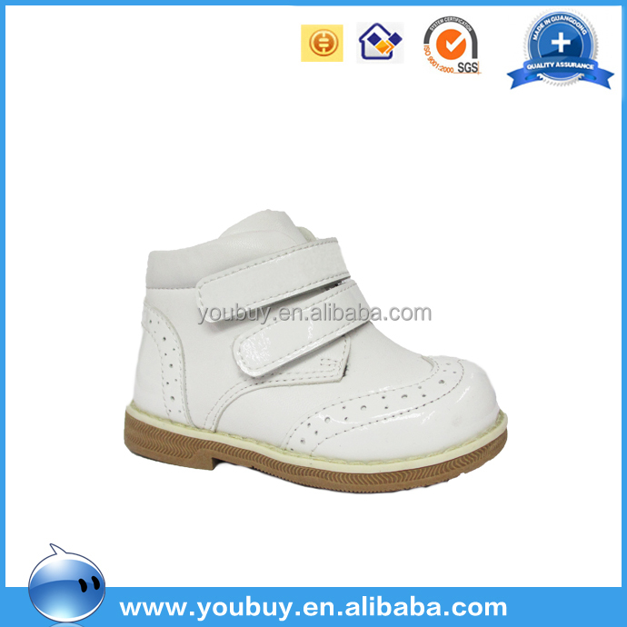 Comfortable leather casual kid shoes children sneaker white