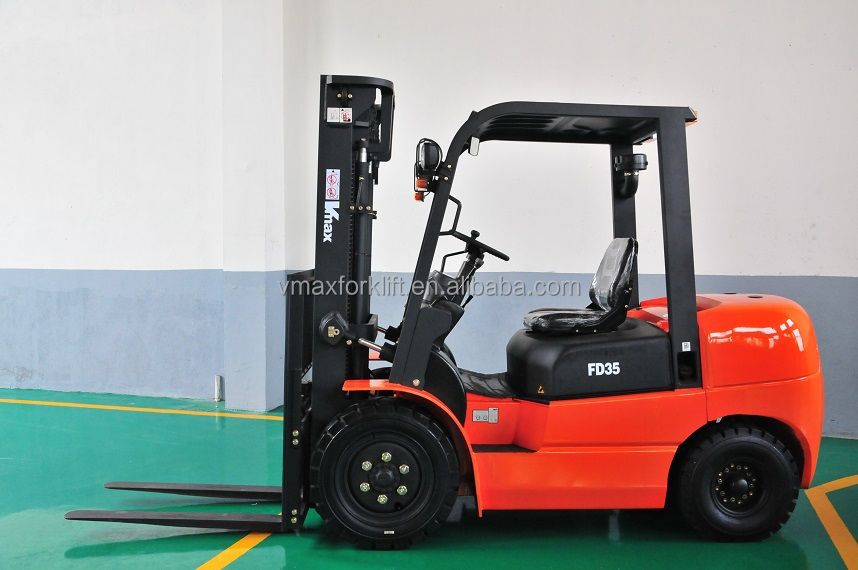 1.0Ton -1.8 Ton Diesel Forklift with 3 satage mast, lift height 4.5 meters