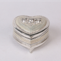 wedding decoration heart shape box custom metal gift jewelry box